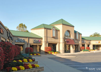 Retail-Architecture-hawthorne-plaza-Overland-Park-Kasnas-131985_01